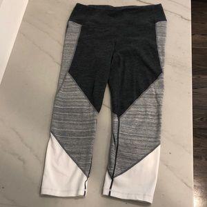 Gap Fit cotton Capri pants